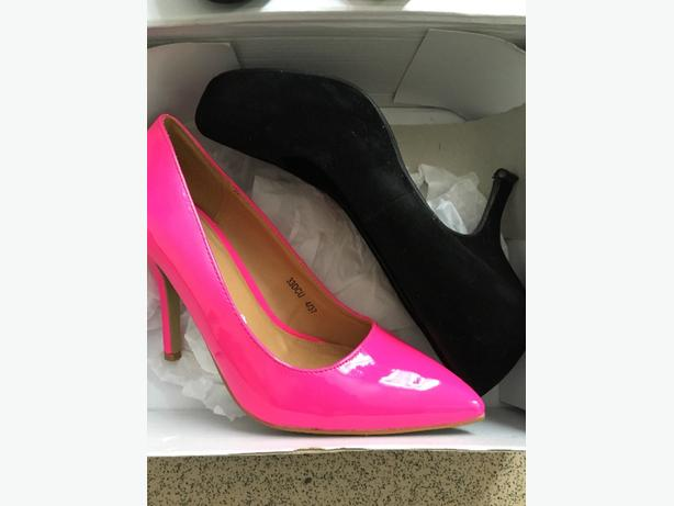 2x size 4 ladies heels