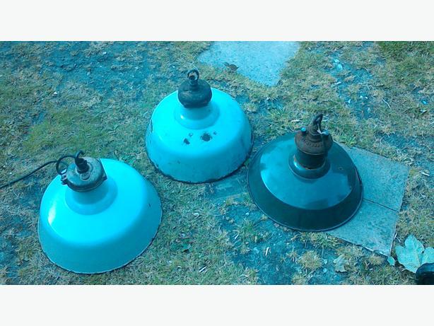 3 vintage 1930s industrial lighs