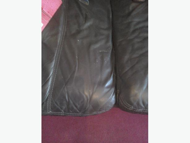 Dark Brown leather suite 3 and 2 seater