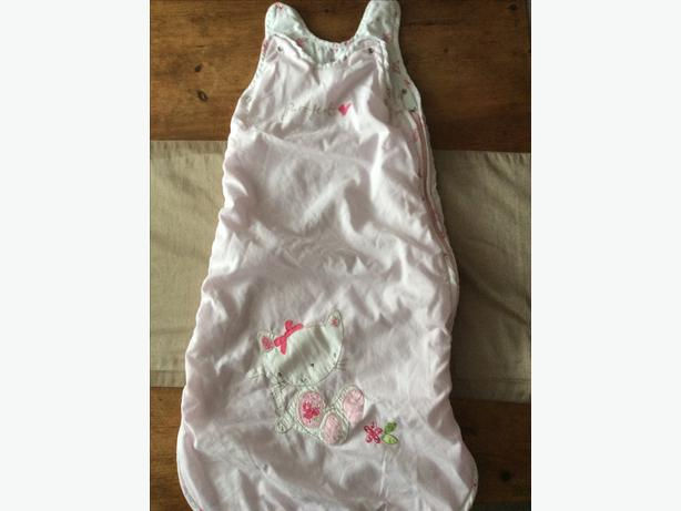 Baby sleep bag aged 6-18 months 2.5 tog.