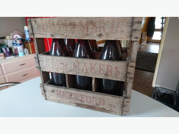 VINTAGE 60S RUSTIC BULMERS HEREFORD BEER CRATE 6 SECTION STORAGE PROP