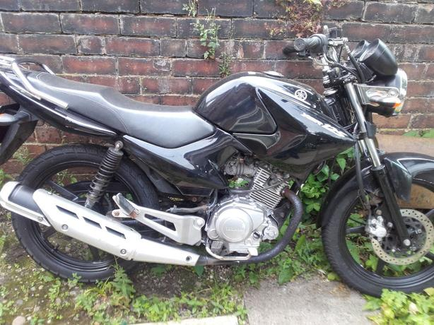 YAMAHA YBR 125 2011 HPI CLEAR GOOD CONDITION