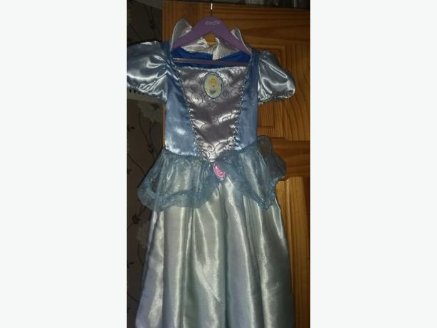 Snow White and cinderella reversible fancy dress