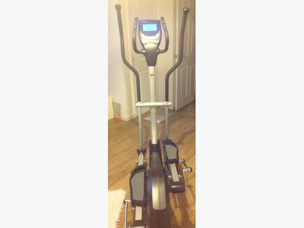 Kettler unix px ext CROSS TRAINER ex display new perfect condition