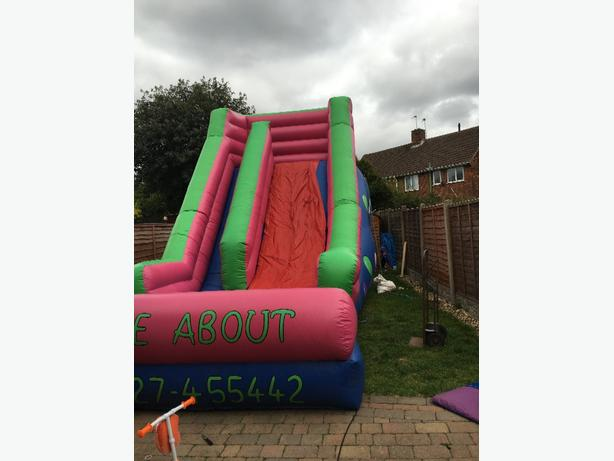 bouncy castle inflatable slide hire