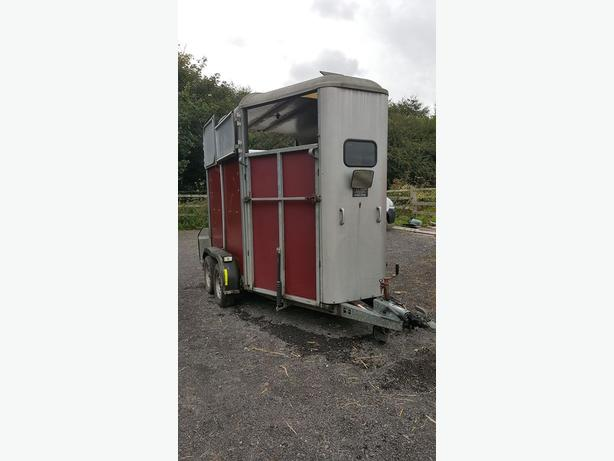 IFOR WILLIAMS HB505 double horse trailer, will hold 2 x 16.2hh