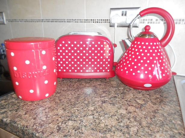Kettle and toaster  Red Polka dot