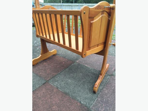 baby swing cot Cots & Bedding Gumtree Australia