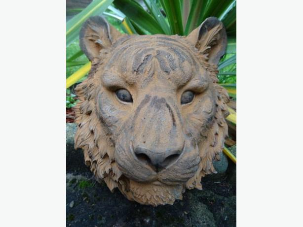 Vintage Golden Marble Stone Wild Indian Big Cat Tiger Stripes Garden Wall Plaque