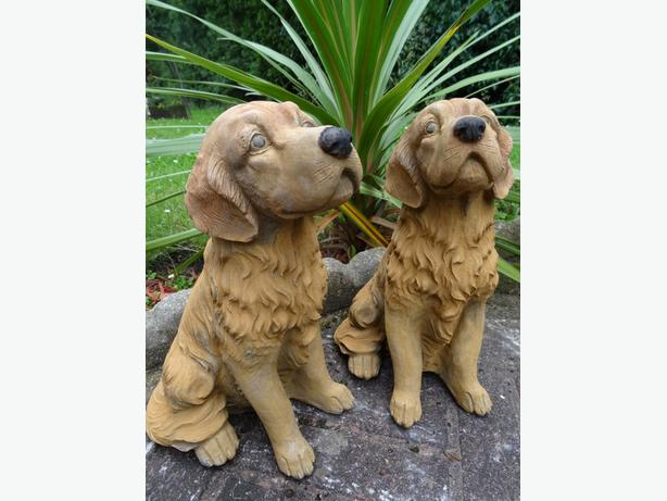 2 Matching Golden Retriever Stone Dog Garden Balcony Porch Ornaments