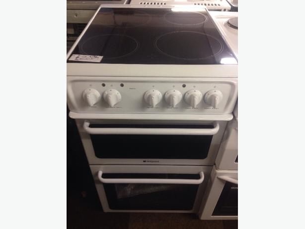 BRAND NEW NEVER USED HOTPOINT 50CM ELECTRIC COOKER9