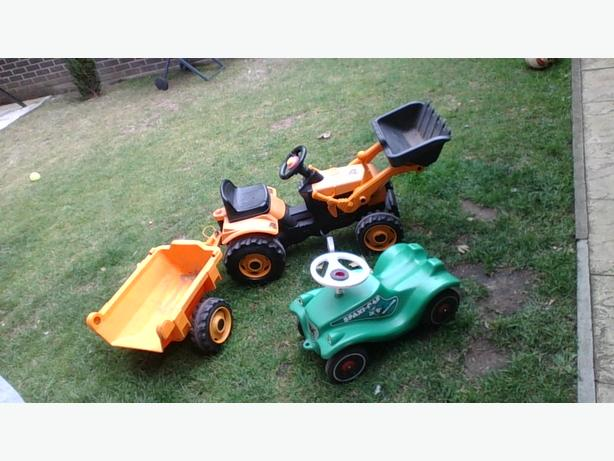 digging pedal truck plus  Spax car and 2 bikes