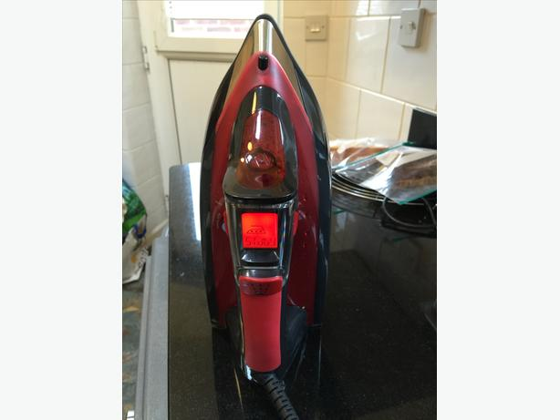 HOOVER IRON AIR FLOW USED FEW MONTHS TIF2601 2600W