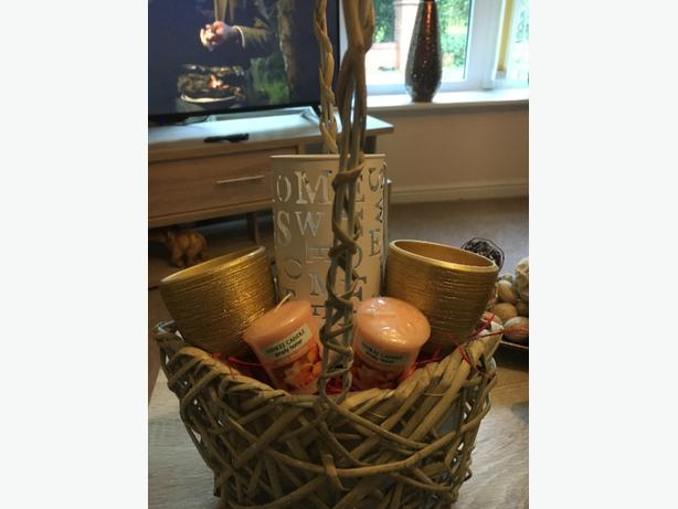 gift set with yankee candles