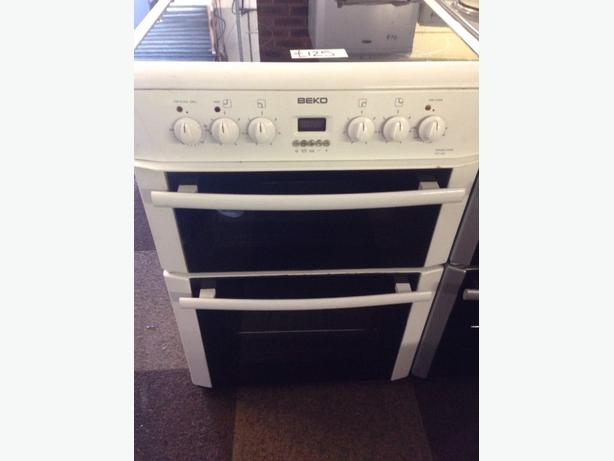 WHITE BEKO 60CM DOUBLE OVEN FAN ASSISTED ELECTRIC COOKER