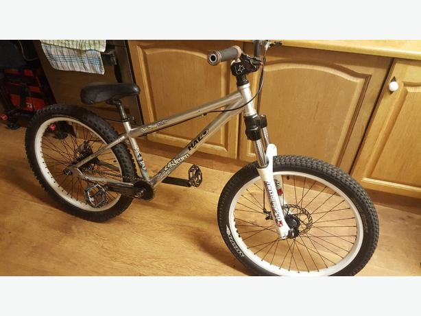 24seven dark angle slacker jump bike