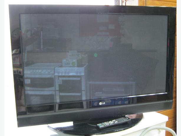 "LG 42"" Plasma TV, Fully Working with 6 Month Warranty"