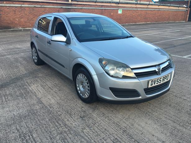 Vauxhall Astra 1.8 Automatic, 55 reg, newer shape,long mot, drives excellent