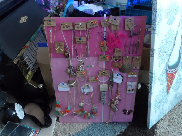 costume jewelrey