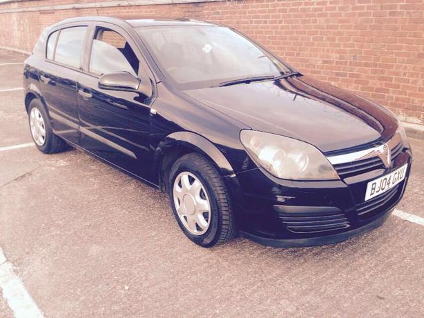 Vauxhall Astra 1.7 CDTI diesel, newer shape, mot, black