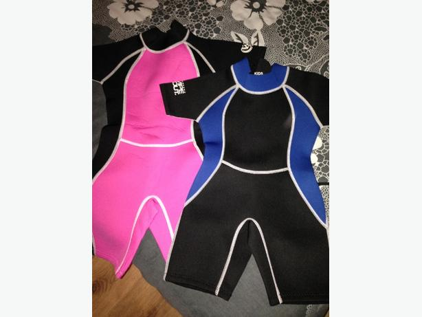 2x childrens wetsuits