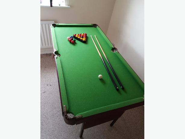 4ft pool and snooker table