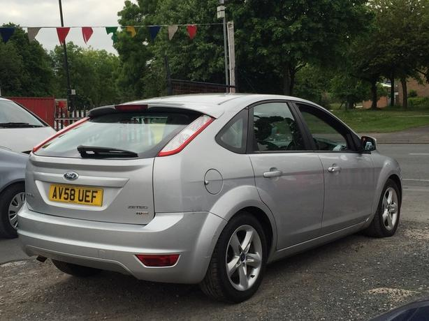 Ford Focus 1.8 TDCI 115 ZETEC (7 STAMPS) 5dr