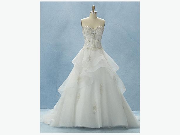 35 Designer Wedding Dresses ex stock
