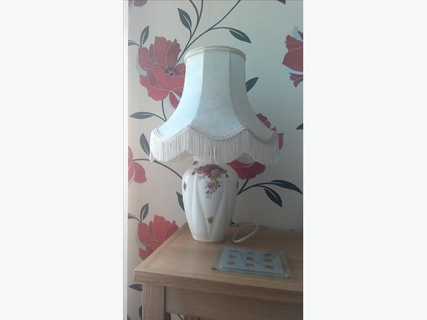 country roses design lamp and wall clock