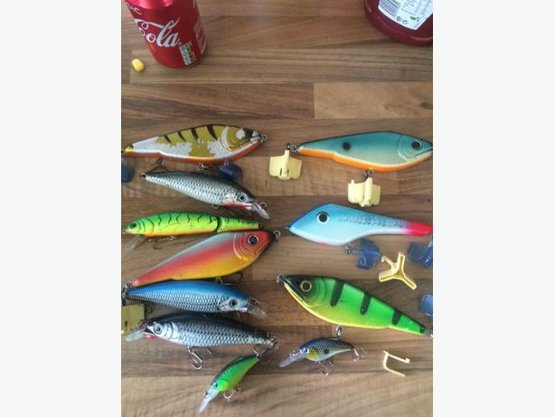 PIKE FISHING LURES