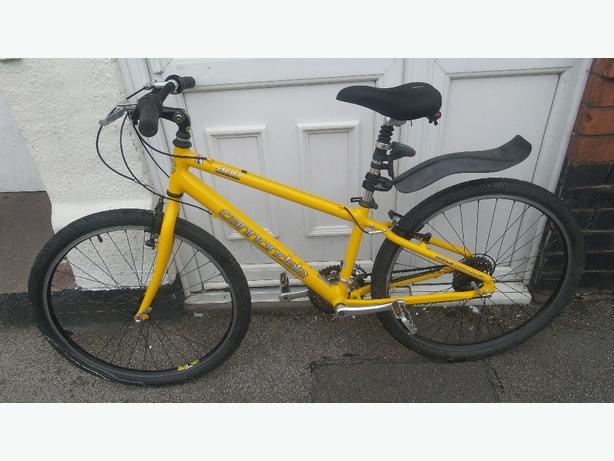 Cannondale 400 comfort dirt/ jump bike  £120