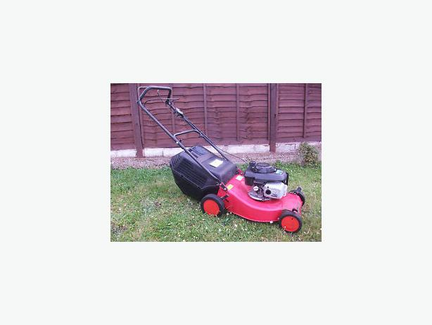 Honda champion petrol lawnmower