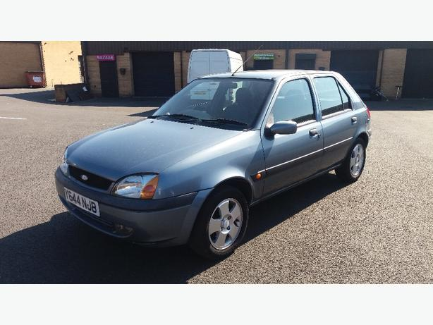 ford fiesta freestyle 2001