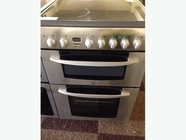 INDESIT FAN ASSISTED DOUBLE OVEN 60CM ELECTRIC COOKER