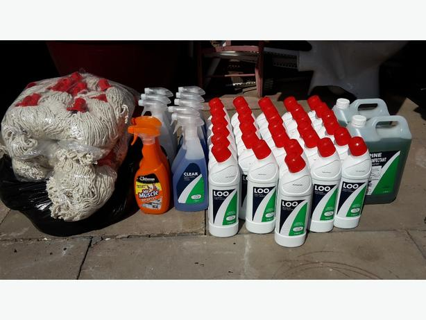 HUGE CLEANING SUPPLIES JOBLOT