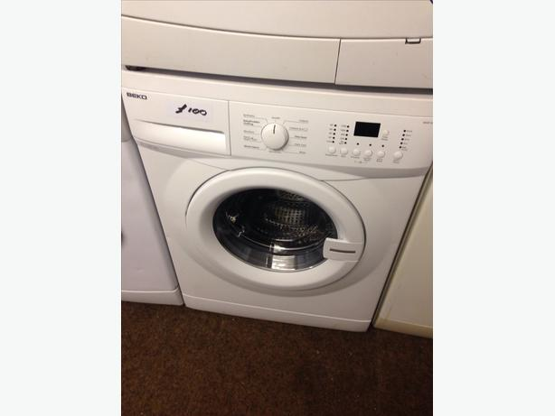BEKO WASHING MACHINE 6KG1