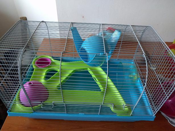 Very good condition hamster cage.