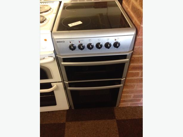 BEKO DOUBLE OVEN FAN ASSISTED 50CM ELECTRIC COOKER