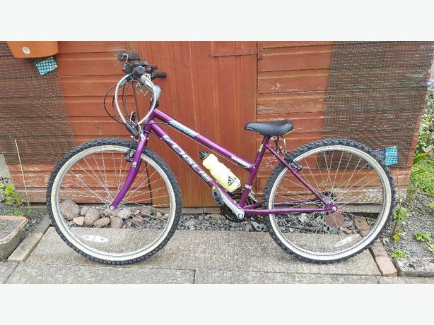 Shimano ladies mountain bike