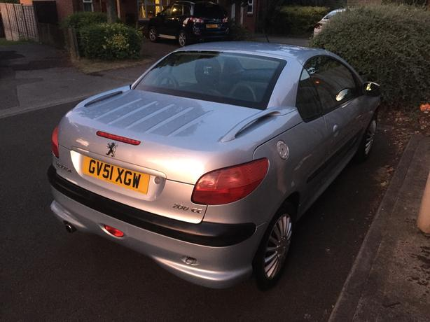 peugeot 206 cc reg 51 mot 8 month price is 450