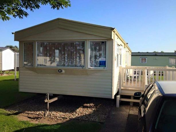 CARAVAN TO RENT BUTLINS SKEGNESS - PRICES VARY DEPENDING ON WEEK REQUIRED