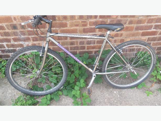 Mongoose chrome frame mountain bike £40