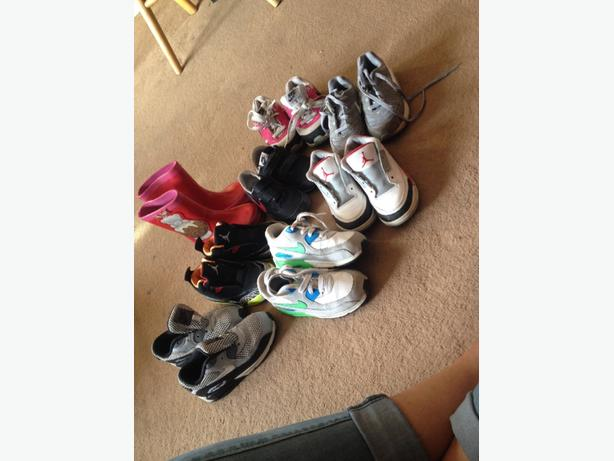 SIZE 8/8.5 toddler trainers