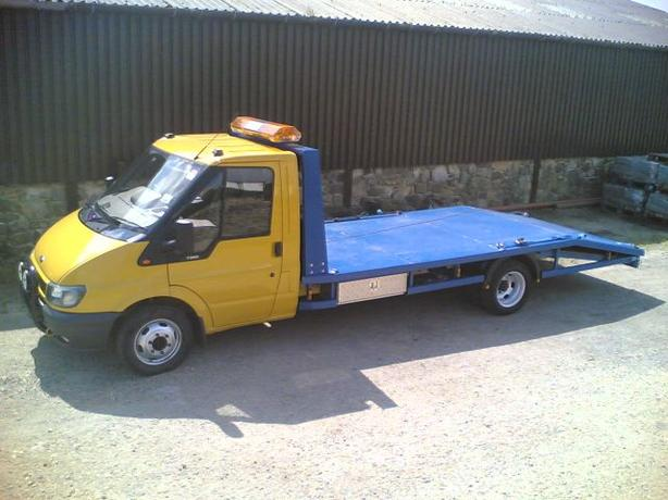 2005 ford transit recovery truck
