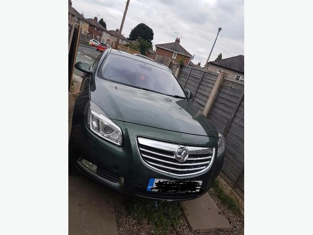 vauxhall insignia breaking or sale the car