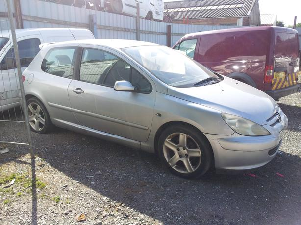 peugeot 307 2.0 hdi breaking for spares