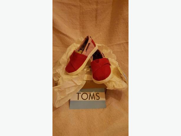 size 5 tiny toms