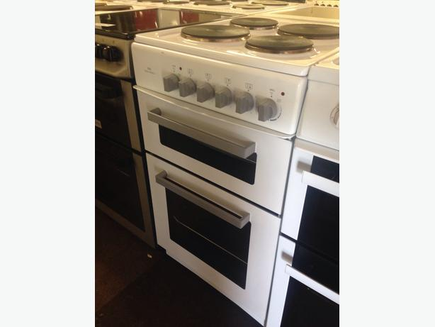 NEW WORLD ELECTRIC COOKER 50CM PLATED2