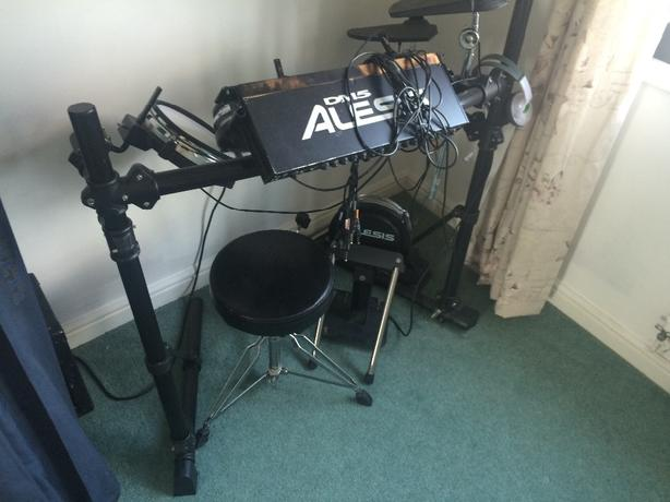 elesis dm5 electric drum set
