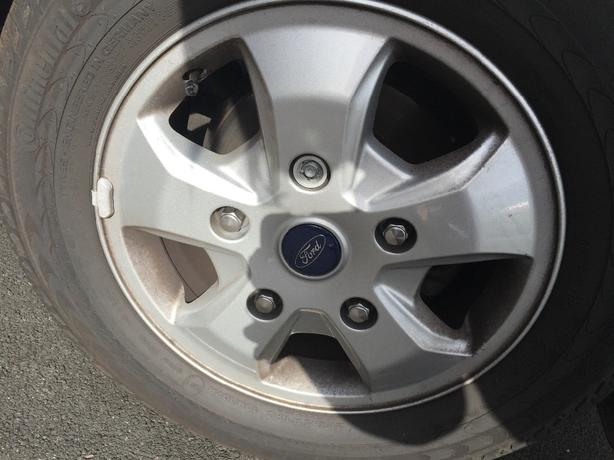 4 Genuine Ford Custom Alloy Wheels and Tyres